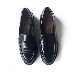 ZARA WOMAN chunky heel loafers size 39/ 8 US
